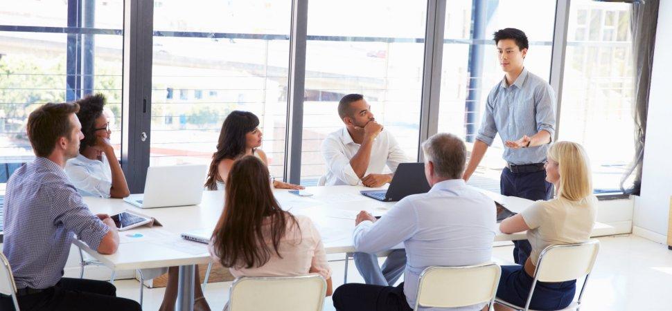 reuniões com seus funcionários